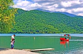 6.Nohur Lake
